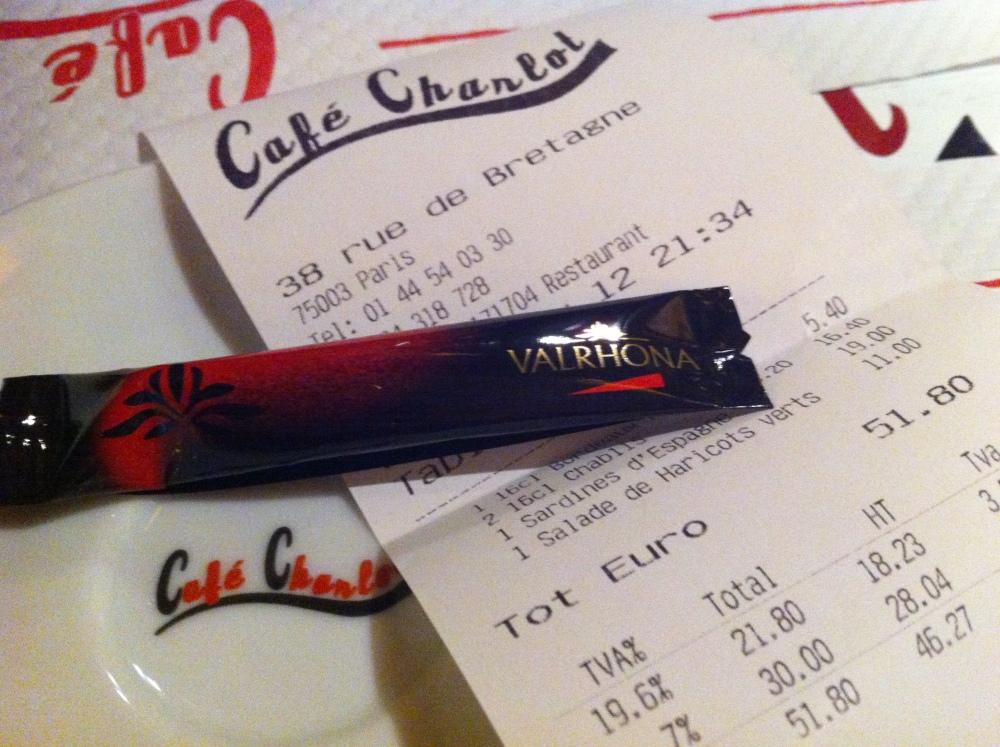 Avis aux amateurs ! La plus mauvaise salade César du monde est au Café Charlot à Paris. Courrez-y, c'est effrayant !  (3/3)
